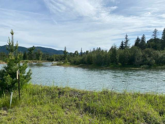 325 Lw Mud Gulch Rd, Priest River, ID 83856 (#202017237) :: RMG Real Estate Network