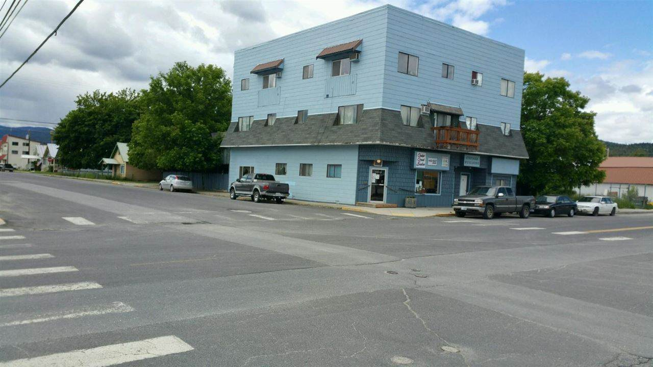 301 Main St - Photo 1