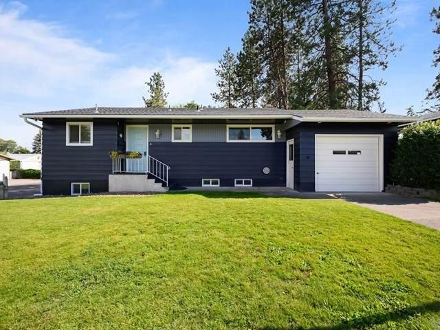 2905 W Rosewood Ave, Spokane, WA 99208 (#202018132) :: Five Star Real Estate Group