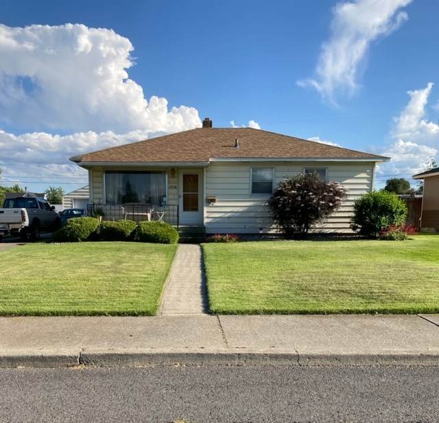 1726 E Columbia Ave, Spokane, WA 99208 (#202018614) :: The Spokane Home Guy Group