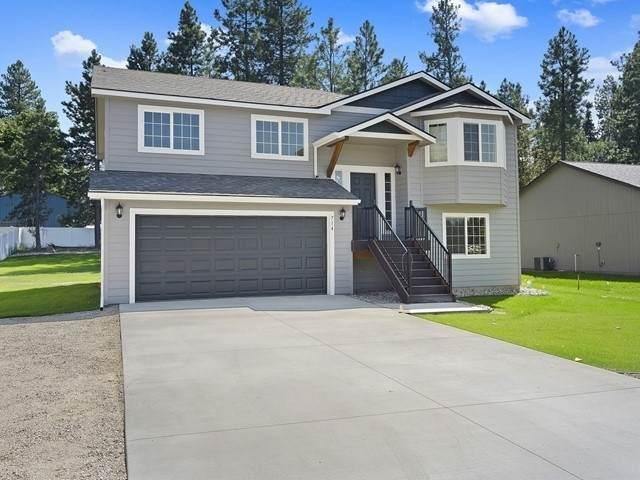 714 E 1st St, Deer Park, WA 99006 (#202019706) :: The Spokane Home Guy Group