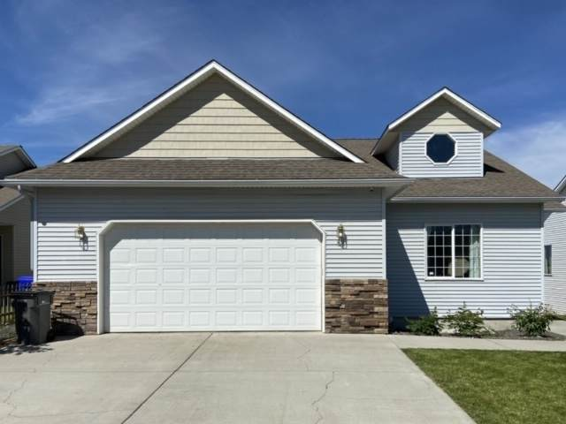 818 Aspen St, Airway Heights, WA 99001 (#202019892) :: The Spokane Home Guy Group