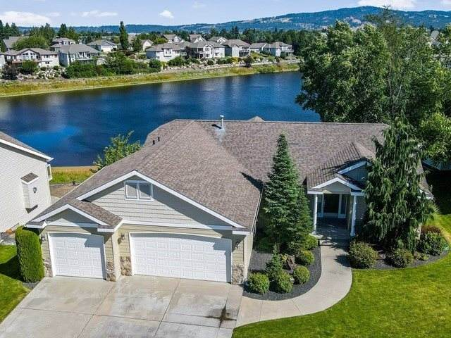 841 S Shelley Lake Ln, Spokane Valley, WA 99037 (#202019980) :: Top Agent Team