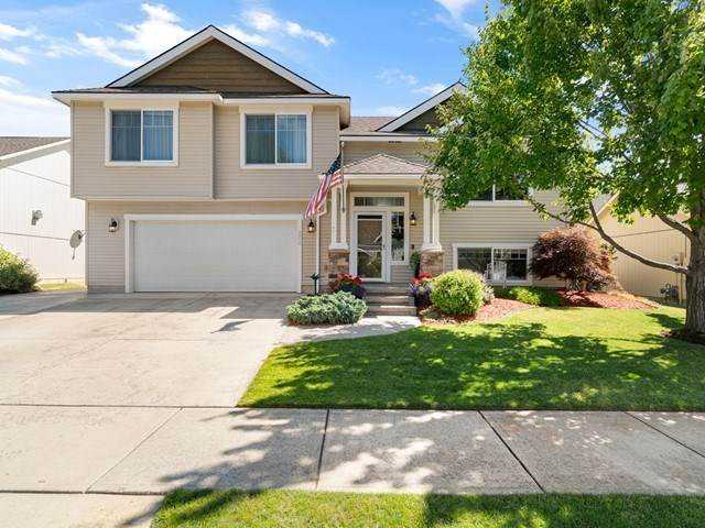 4806 N Farr Rd, Spokane, WA 99206 (#202020273) :: Northwest Professional Real Estate