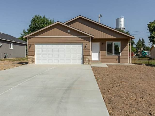 1108 Adams St, Davenport, WA 99122 (#202021030) :: The Spokane Home Guy Group