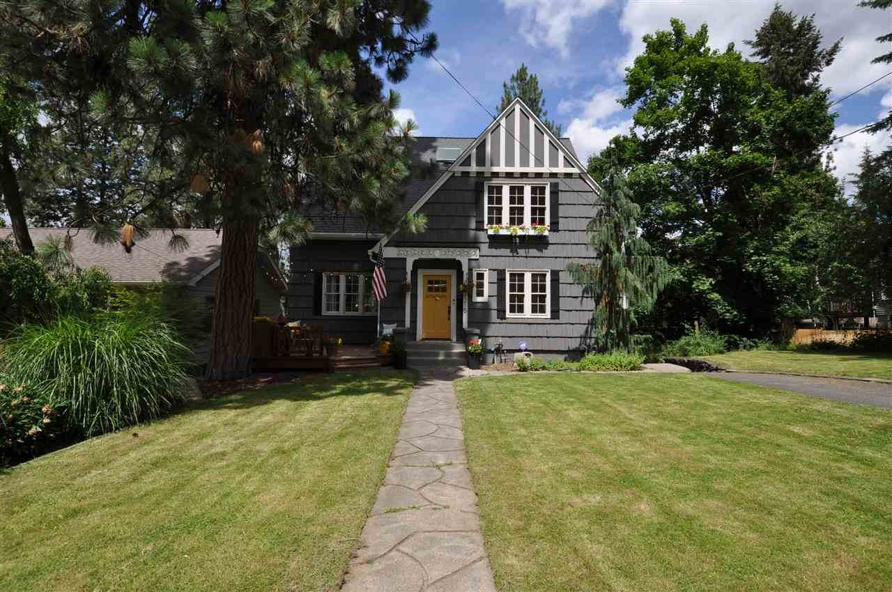 1215 19TH Ave - Photo 1