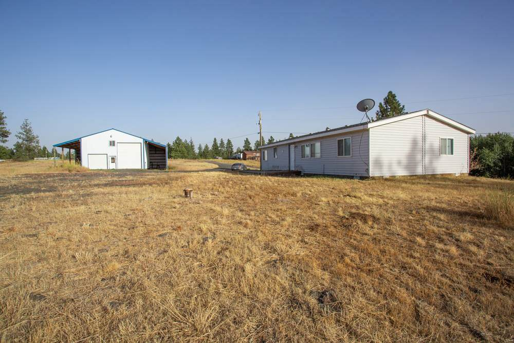 25516 Columbia Basin Hwy - Photo 1