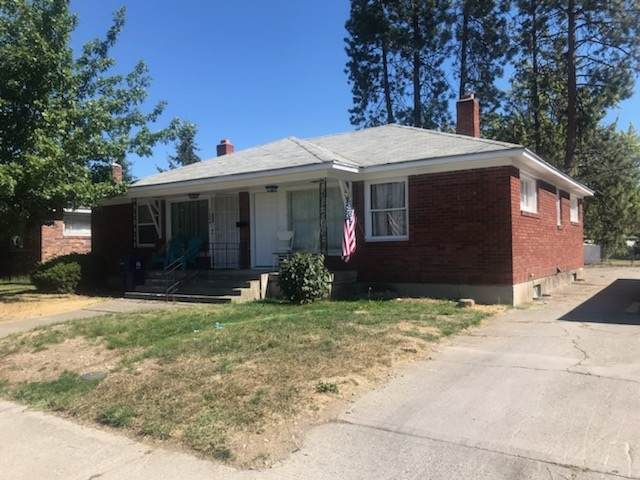 5722 N Assembly St 5724 N. Assembl, Spokane, WA 99205 (#202021939) :: Top Spokane Real Estate
