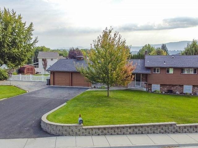 2615 S Evergreen Rd, Veradale, WA 99037 (#202022636) :: The Synergy Group