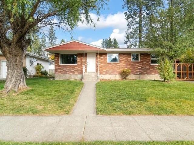 5608 N Forest Blvd, Spokane, WA 99205 (#202024029) :: Prime Real Estate Group