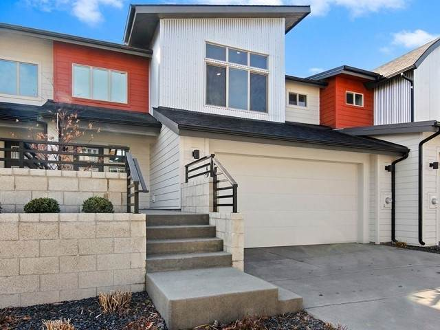 1911 W Centennial Way, Spokane, WA 99201 (#202112736) :: Parrish Real Estate Group LLC