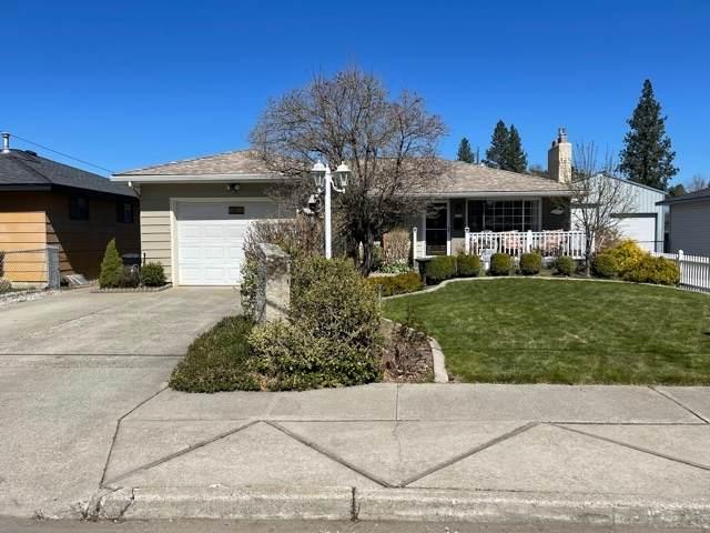 3924 W Crown Ave, Spokane, WA 99205 (#202114121) :: Parrish Real Estate Group LLC
