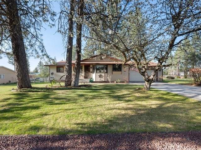 4011 E Beverly Rd, Mead, WA 99021 (#202114426) :: Top Agent Team