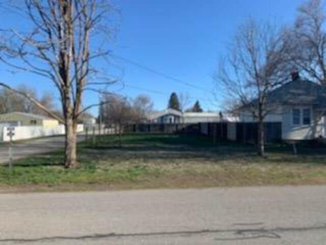 8317 E Valleyway Ave, Spokane Valley, WA 99212 (#202114546) :: Heart and Homes Northwest