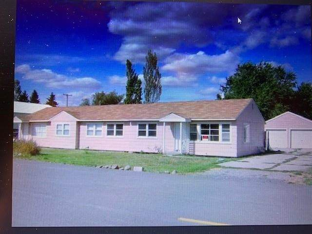 12704 W 13th Ave, Airway Heights, WA 99001 (#202114947) :: Top Spokane Real Estate