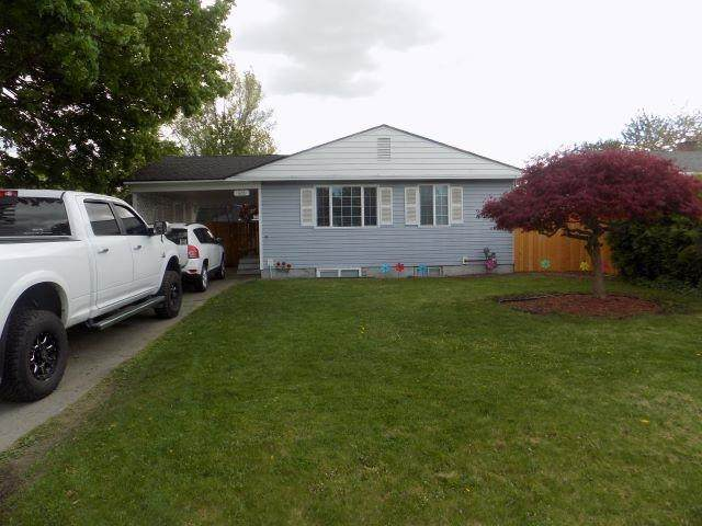 428 E Columbia Ave, Spokane, WA 99208 (#202115228) :: Amazing Home Network