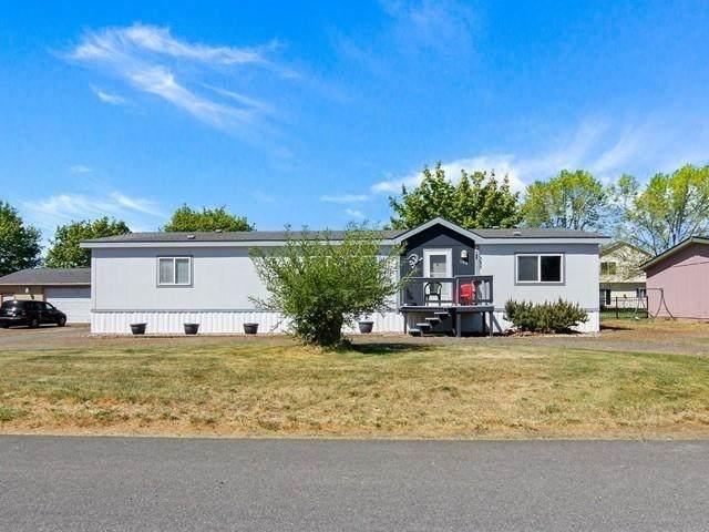 1108 S Ziegler St, Airway Heights, WA 99001 (#202115246) :: Cudo Home Group