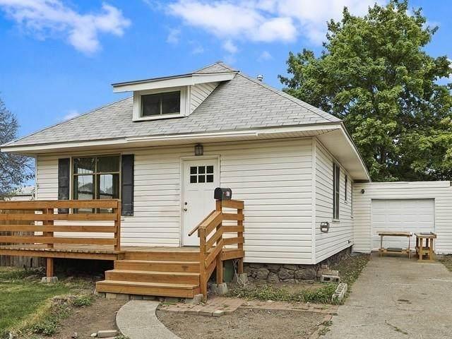 3817 E 28th Ave, Spokane, WA 99223 (#202115444) :: Five Star Real Estate Group