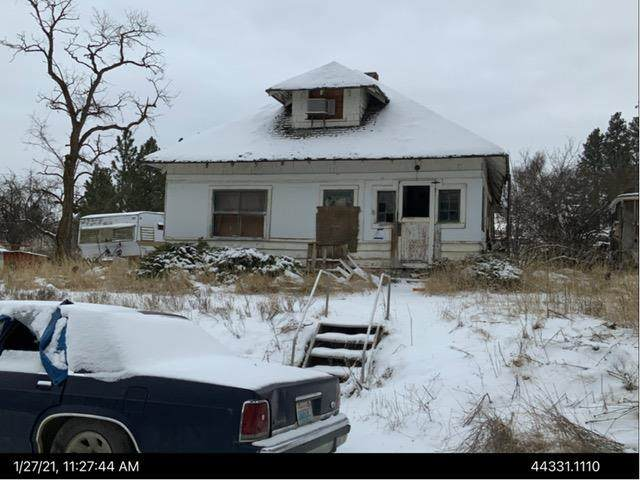 13303 S Seal Rd, Valleyford, WA 99036 (#202119889) :: The Spokane Home Guy Group