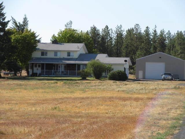 20611 W Coulee Hite Rd, Spokane, WA 99224 (#202121611) :: Top Agent Team