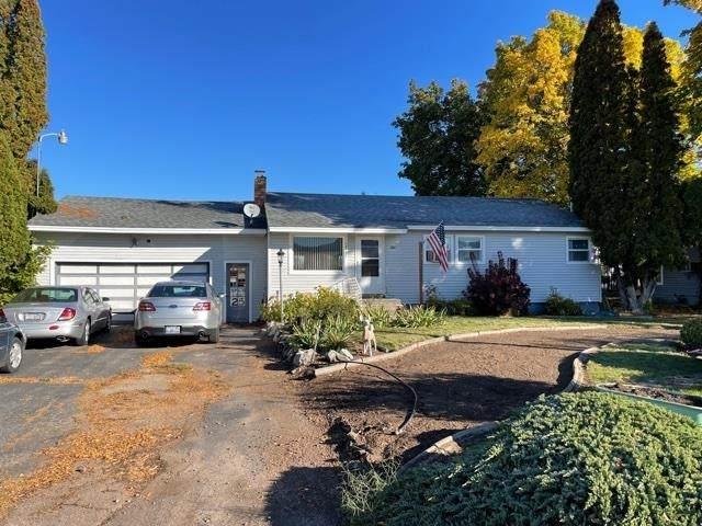14411 E 32nd Ave, Spokane Valley, WA 99037 (#202123727) :: The Spokane Home Guy Group