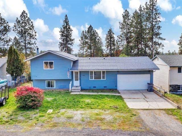 16905 W Lakeside Dr, Medical Lake, WA 99022 (#202123961) :: Real Estate Done Right
