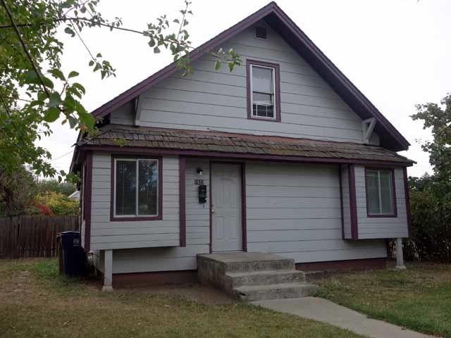 1923 W Grace Ave, Spokane, WA 99205 (#201824964) :: The Synergy Group