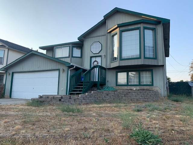 3521 37th Ave - Photo 1