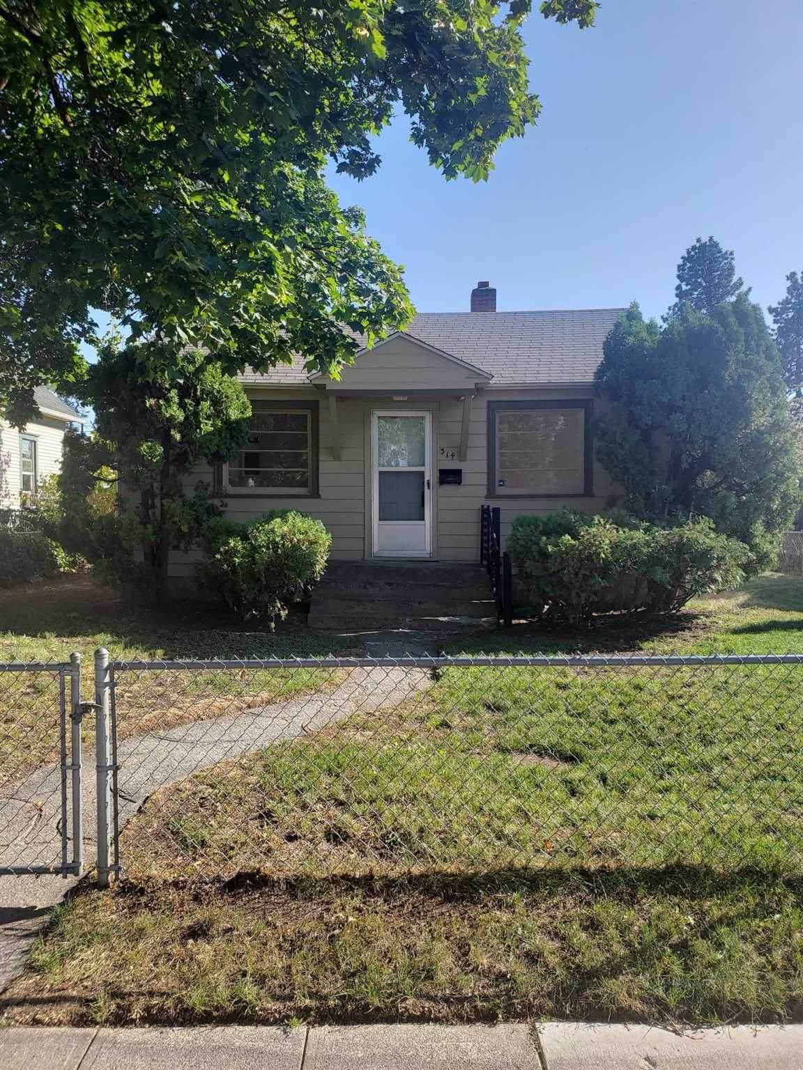 314 Everett Ave - Photo 1