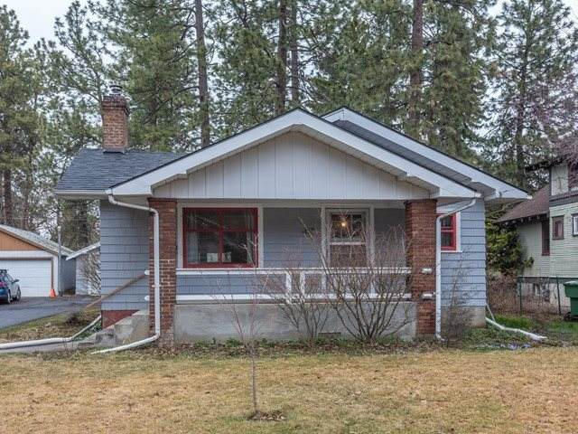 417 E 17th Ave, Spokane, WA 99203 (#202013046) :: The Spokane Home Guy Group