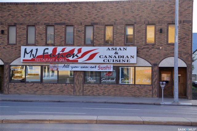 622 Main Street N, Moose Jaw, SK S6H 3K4 (MLS #SK716877) :: The A Team