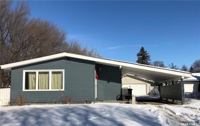 48 Bell Crescent, Saskatoon, SK S7J 2W3 (MLS #SK722103) :: The A Team