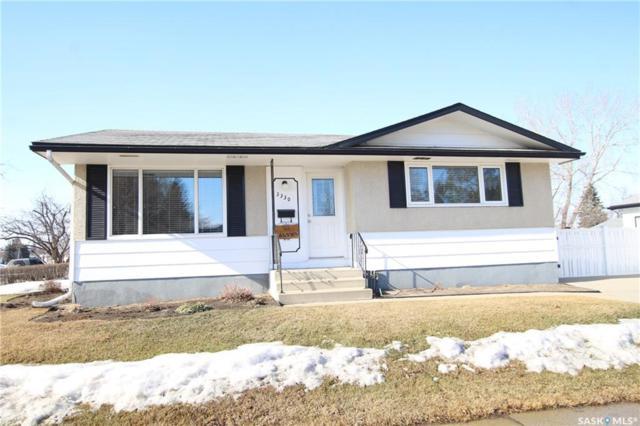 3330 Diefenbaker Drive, Saskatoon, SK S7L 4Z4 (MLS #SK723542) :: The A Team