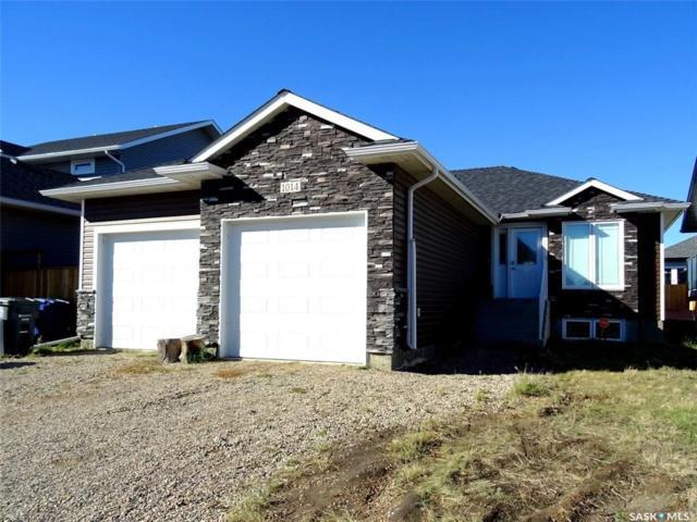 1014 Hargreaves Manor, Saskatoon, SK S7R 0K5 (MLS #SK726536) :: The A Team