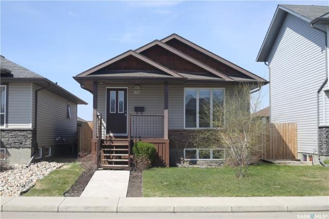 817 Glenview Cove, Martensville, SK S0K 0A2 (MLS #SK732278) :: The A Team