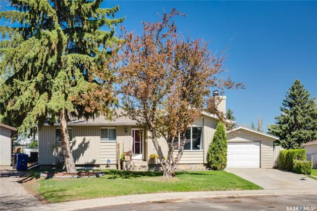 327 Hull Court, Saskatoon, SK S7M 4H2 (MLS #SK732800) :: The A Team