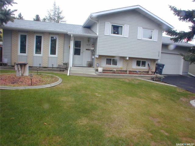 319 Nahanni Drive, Saskatoon, SK S7K 4G5 (MLS #SK732828) :: The A Team