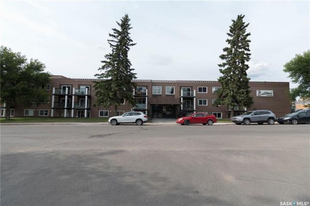 2707 7th Street E #14, Saskatoon, SK S7H 1A7 (MLS #SK738496) :: The A Team