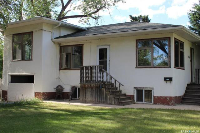 1716 Victoria Avenue, Saskatoon, SK S7M 1Z6 (MLS #SK741050) :: The A Team