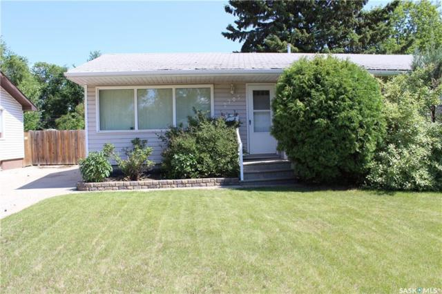 2705 Clarence Avenue S, Saskatoon, SK S7J 1M7 (MLS #SK741051) :: The A Team