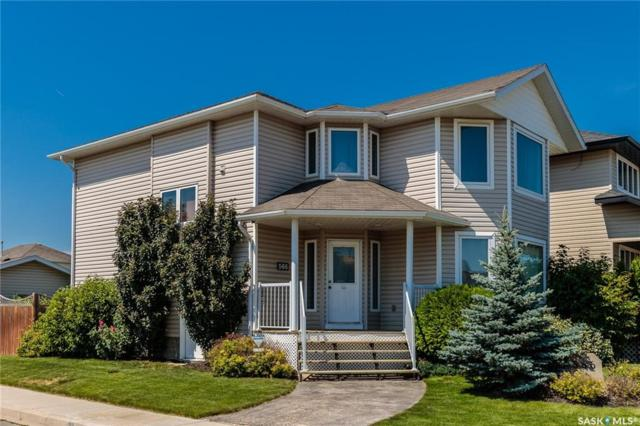 566 Maguire Lane, Saskatoon, SK S7W 1A4 (MLS #SK741103) :: The A Team