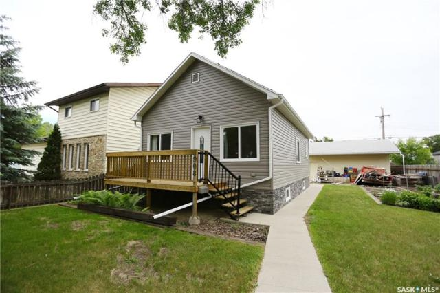 908 M Avenue S, Saskatoon, SK S7M 2L7 (MLS #SK744051) :: The A Team