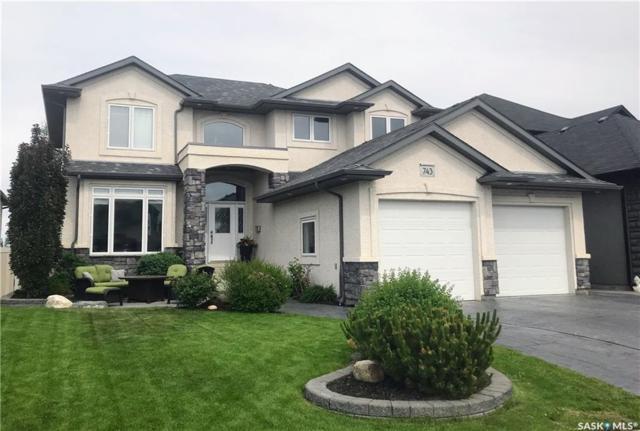 743 Beechdale Way, Saskatoon, SK S7V 0A5 (MLS #SK744734) :: The A Team