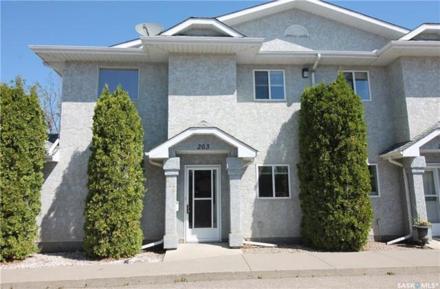 615 Perehudoff Crescent #203, Saskatoon, SK S7N 4K6 (MLS #SK745392) :: The A Team