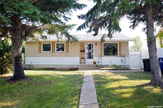 305 Lloyd Crescent, Saskatoon, SK S7L 4Z2 (MLS #SK745528) :: The A Team