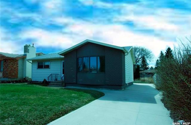 26 Webb Crescent, Saskatoon, SK S7H 3L4 (MLS #SK747718) :: The A Team