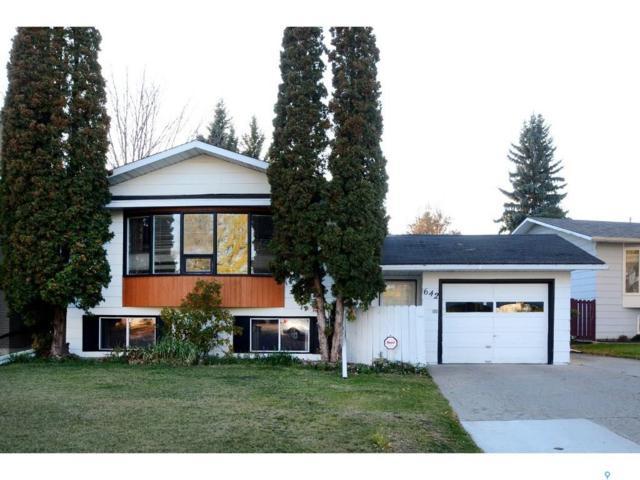 642 Redberry Road, Saskatoon, SK S7K 4S5 (MLS #SK750538) :: The A Team