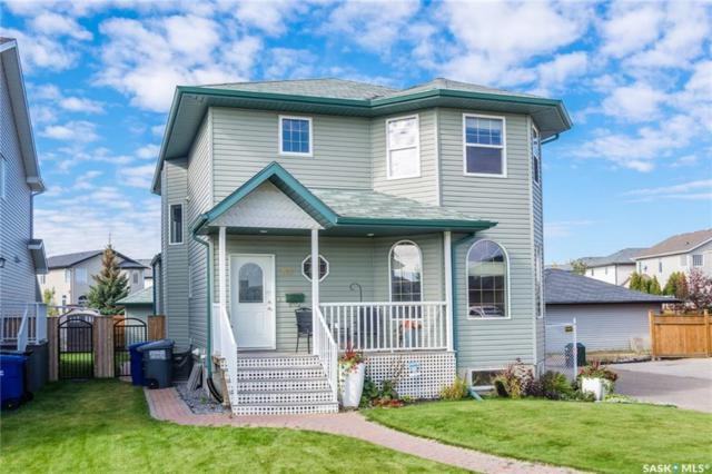 927 Maguire Crescent, Saskatoon, SK S7W 1A5 (MLS #SK750656) :: The A Team