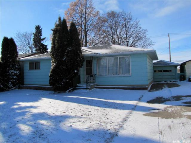 425 Vancouver Avenue S, Saskatoon, SK S7M 3N3 (MLS #SK752814) :: The A Team
