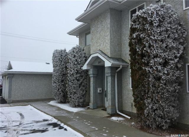 615 Perehudoff Crescent #203, Saskatoon, SK S7N 4K6 (MLS #SK755878) :: The A Team